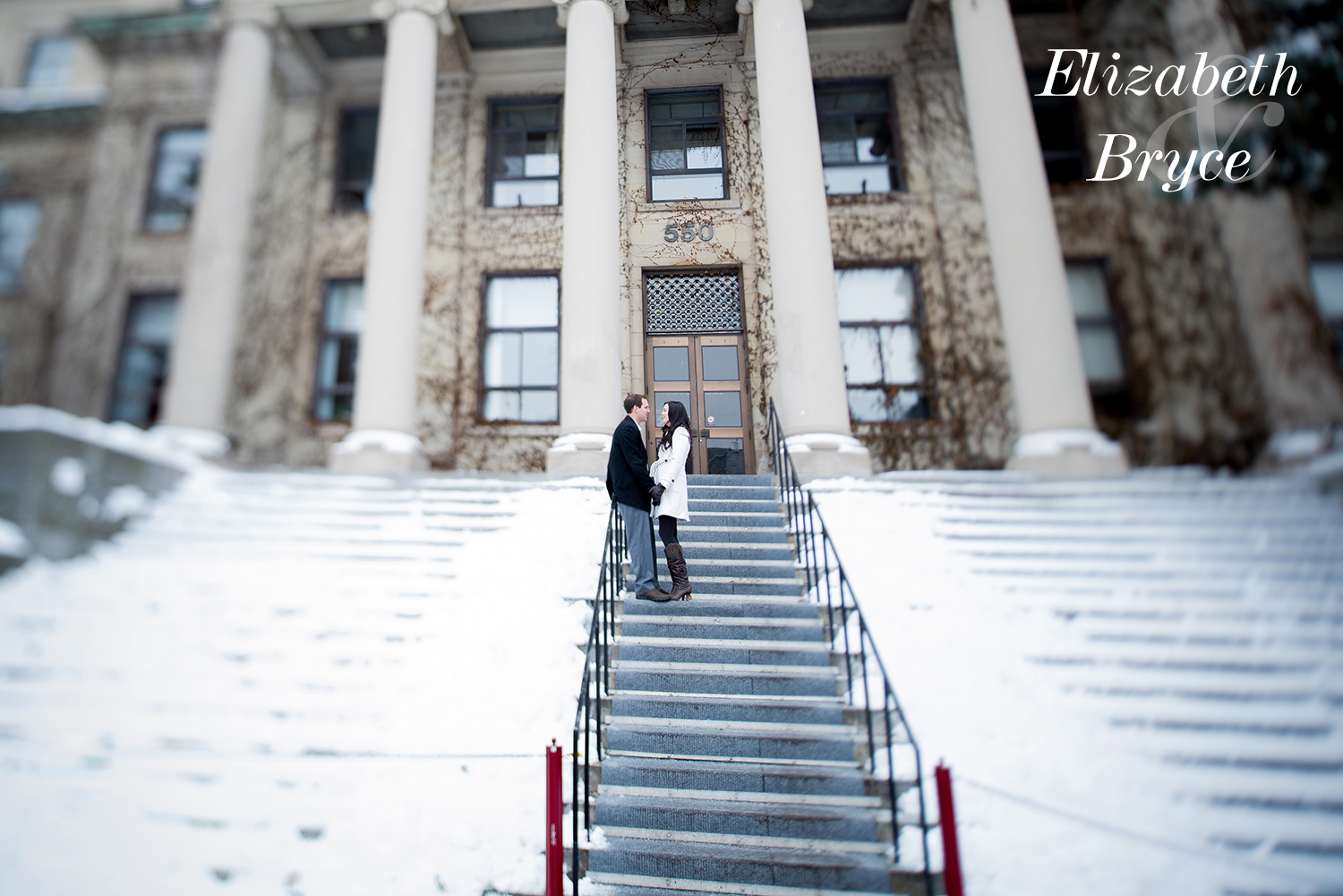 Winter engagement at the University of Ottawa - Couple in Love - Tabaret Hall