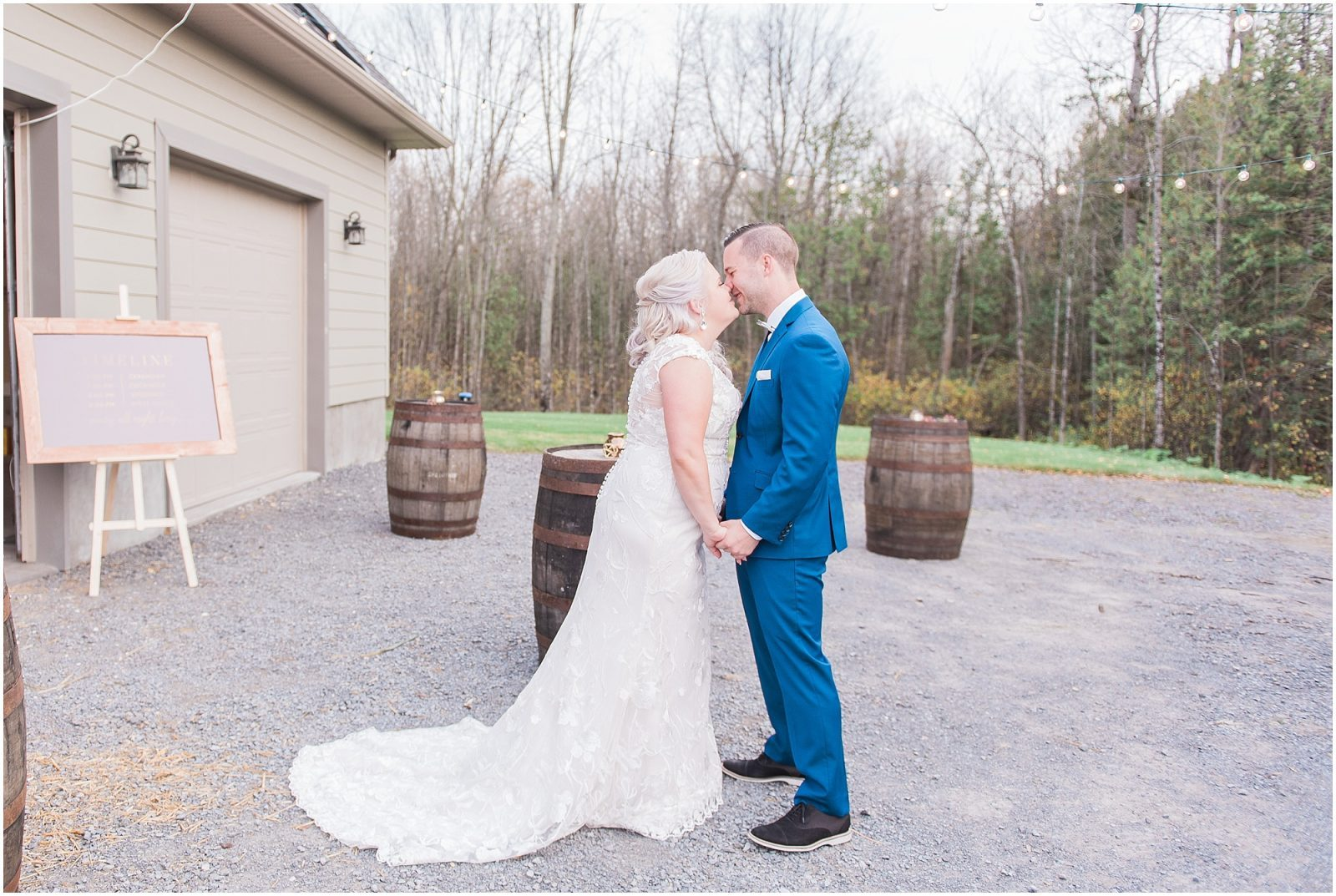 0039 Bethany and Luc - Fall Backyard Ottawa Wedding - Copper and Navy - PhotosbyEmmaH.jpg