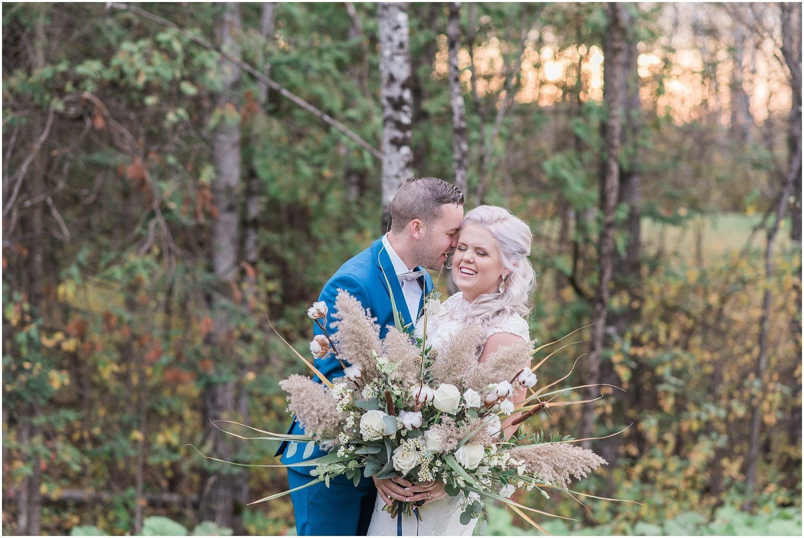 0042 Bethany and Luc - Fall Backyard Ottawa Wedding - Copper and Navy - PhotosbyEmmaH.jpg