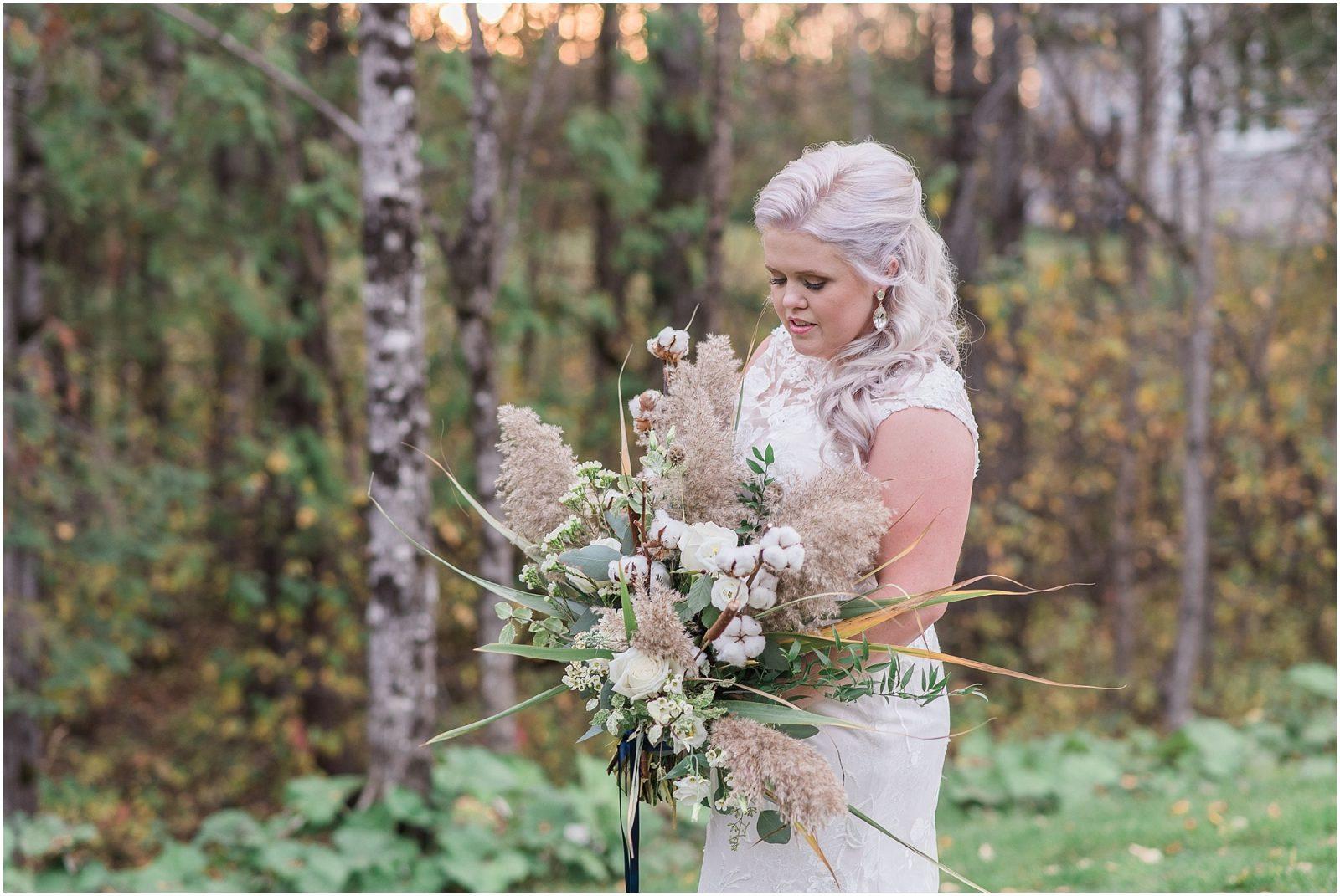 0047 Bethany and Luc - Fall Backyard Ottawa Wedding - Copper and Navy - PhotosbyEmmaH.jpg