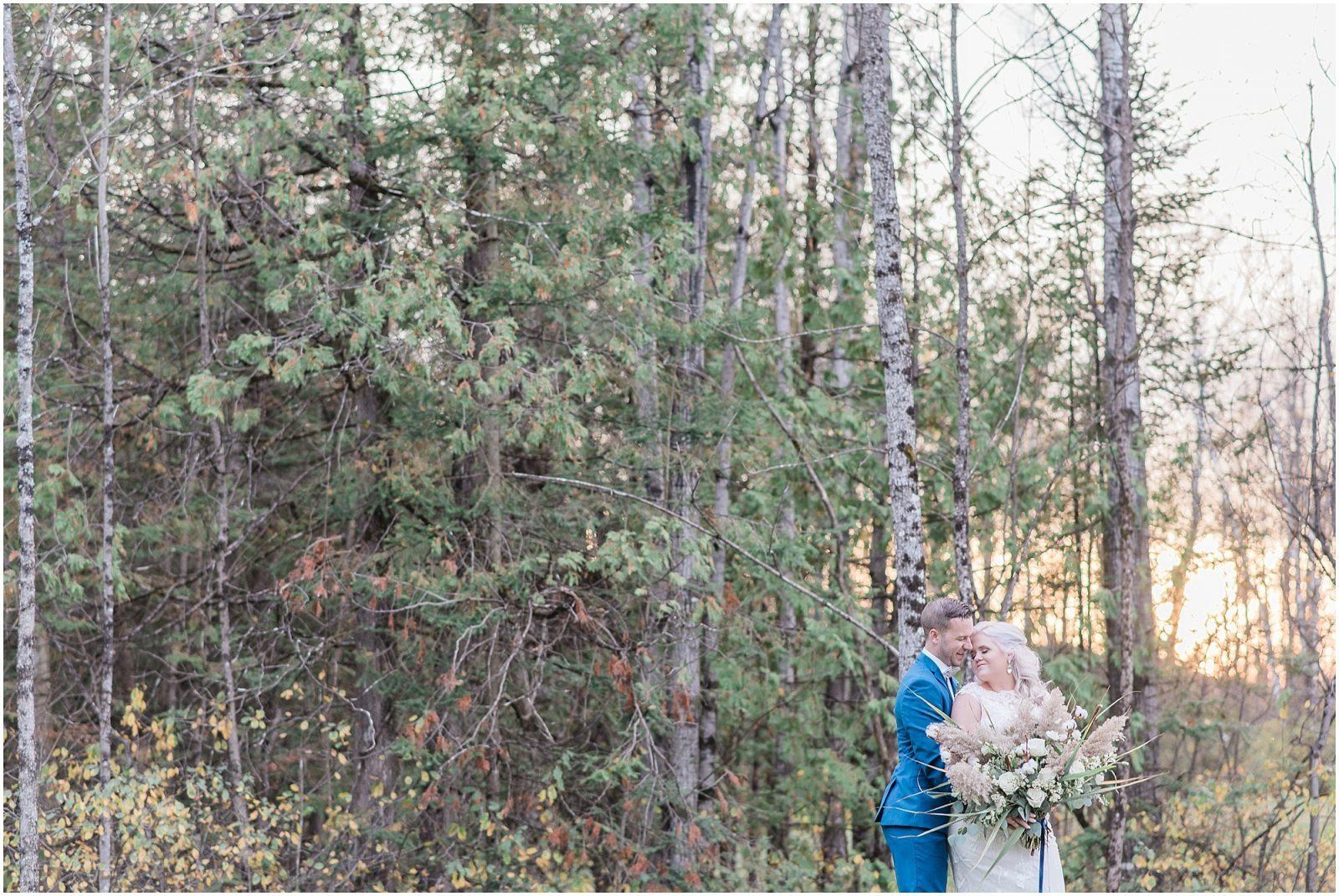 0052 Bethany and Luc - Fall Backyard Ottawa Wedding - Copper and Navy - PhotosbyEmmaH.jpg