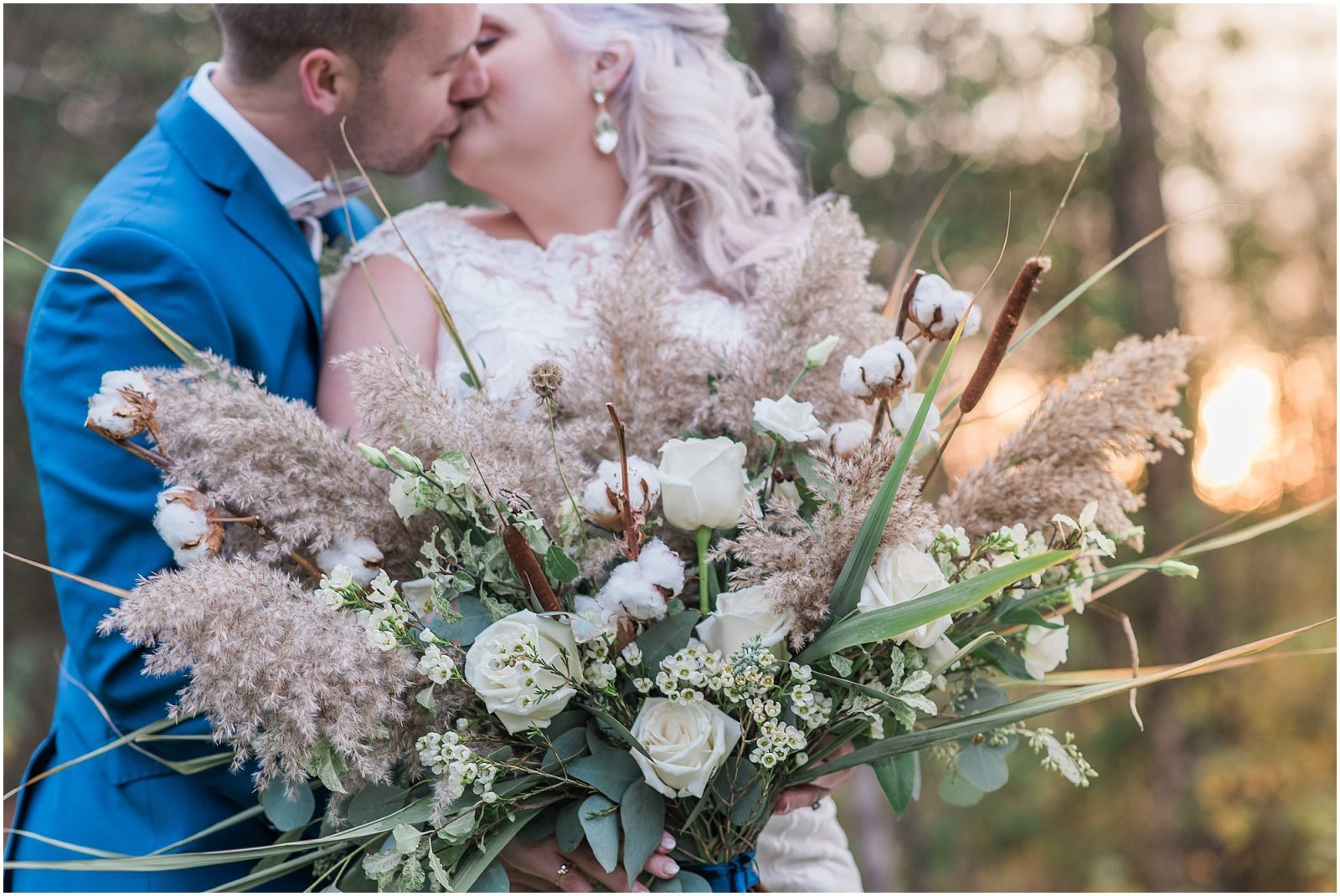 0053 Bethany and Luc - Fall Backyard Ottawa Wedding - Copper and Navy - PhotosbyEmmaH.jpg