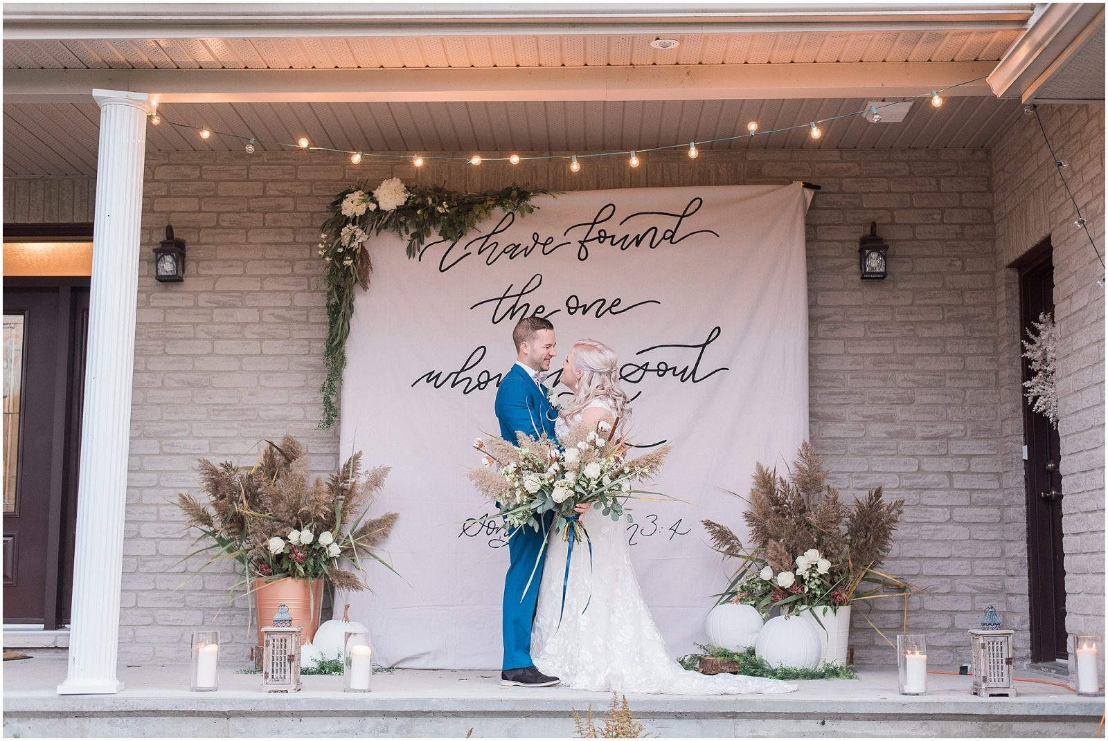 0075 Bethany and Luc - Fall Backyard Ottawa Wedding - Copper and Navy - PhotosbyEmmaH.jpg