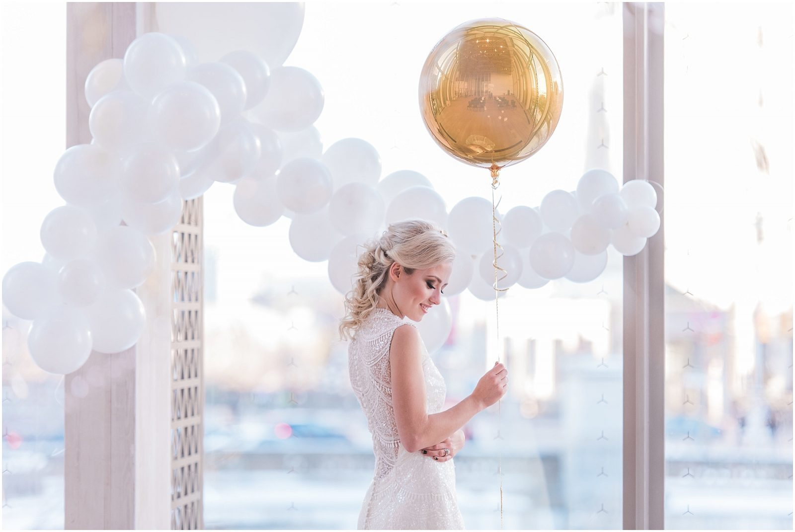 Wedding O'Born Room NAC Ottawa - New Years Glam Wedding Inspiration - bright and airy ottawa wedding photographer - elegant bride holding balloon