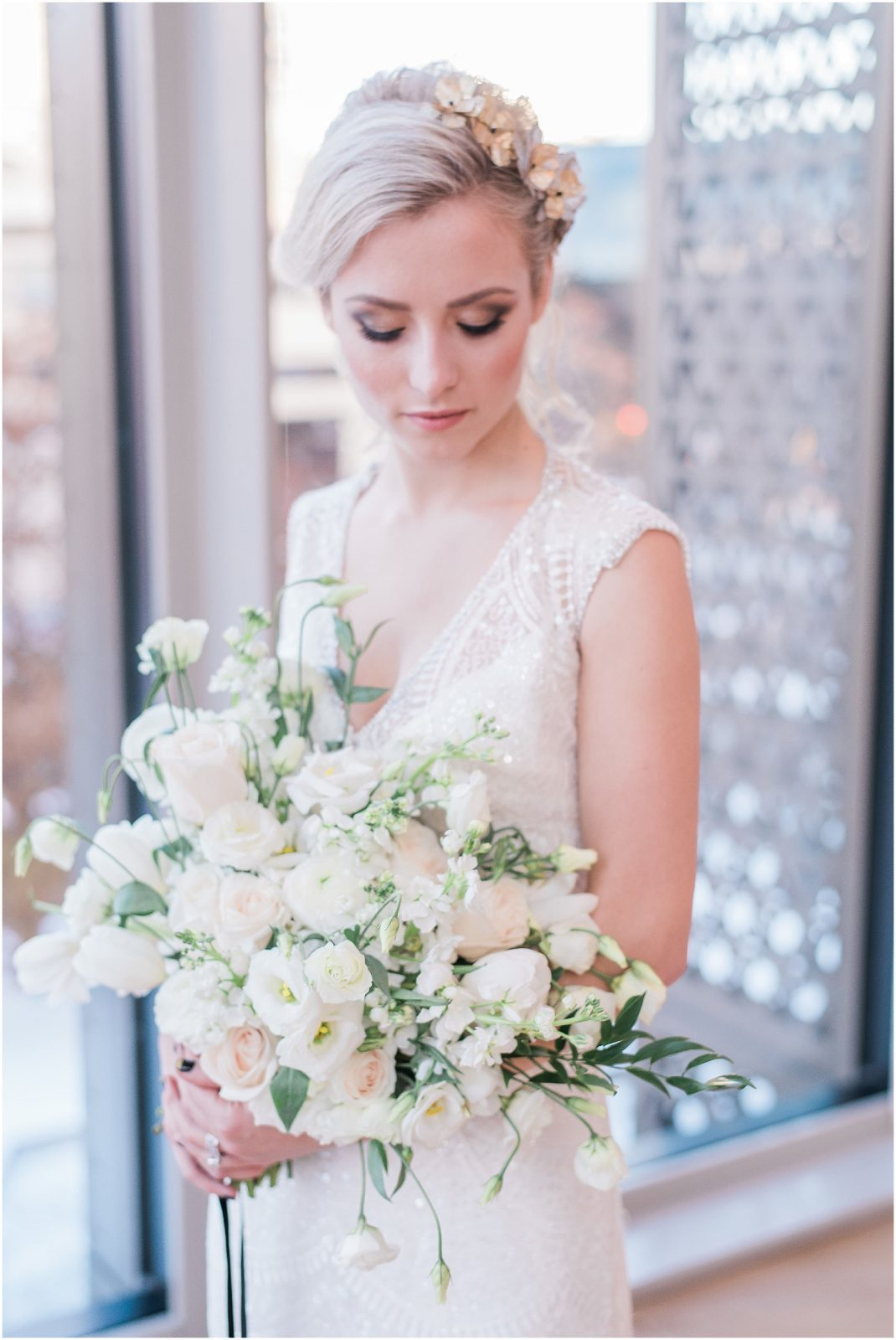 Wedding O'Born Room NAC Ottawa - New Years Glam Wedding Inspiration - bright and airy ottawa wedding photographer - elegant bride - lush white and green bouquet