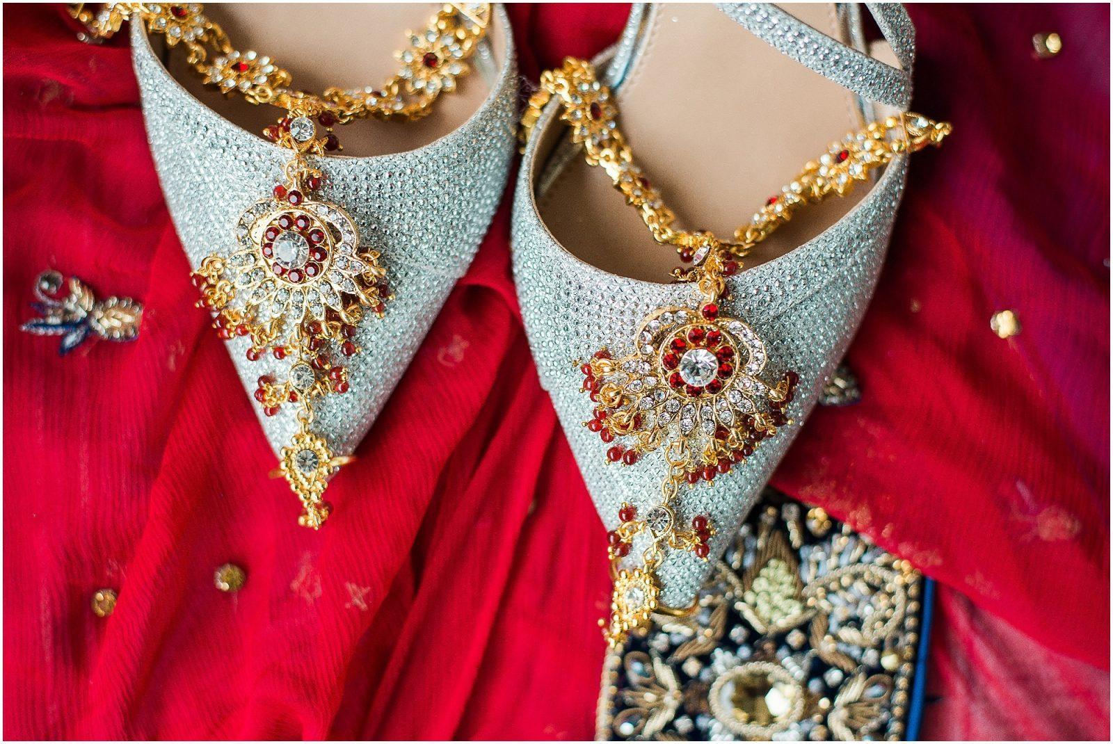 South Asian Wedding Toronto - Mehndi - Nikah, walima, indian wedding, pakistani wedding. Sarah & Sajid - bridal details