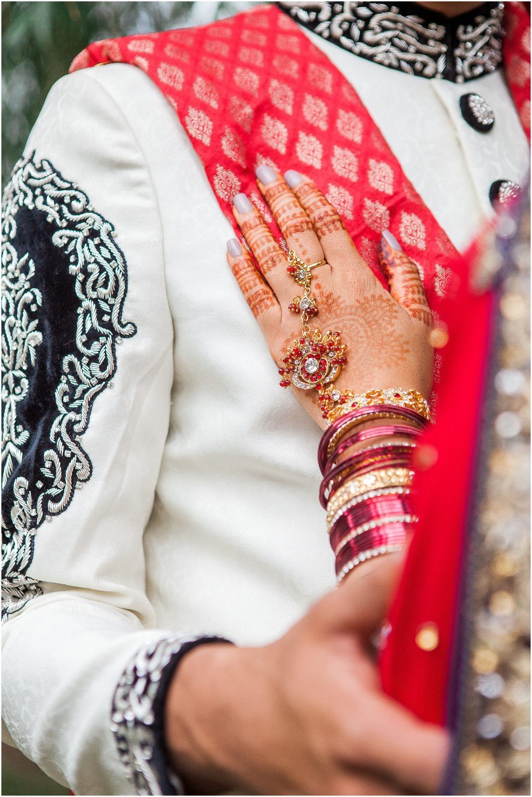 South Asian Wedding Toronto - Mehndi - Nikah, walima, indian wedding, pakistani wedding. Sarah & Sajid - first look - bridal mehndi