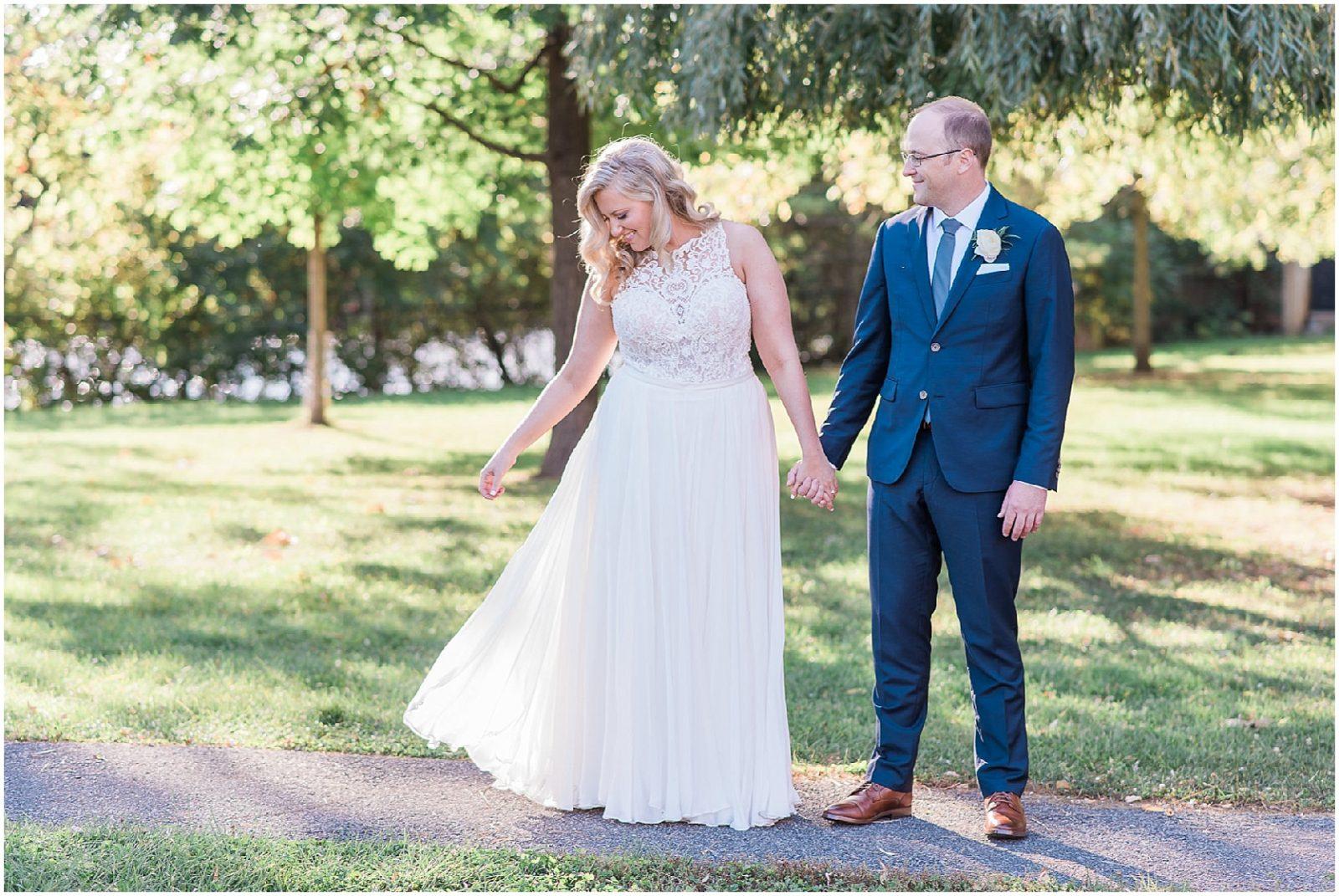 0068 SS-Late Summer Wedding at Zibi - Ottawa_PhotosbyEmmaH_WEB.jpg