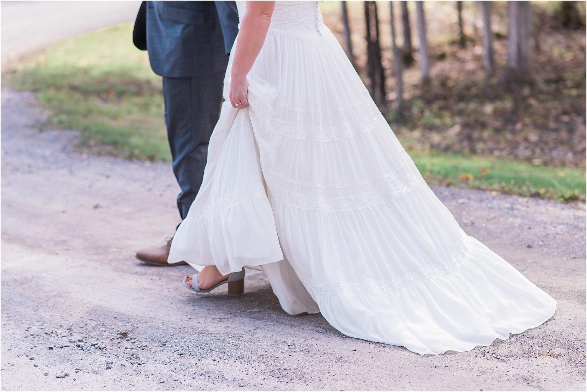 0043 Summer Stonefields Wedding Carleton Place - Ottawa Wedding - Photography by Emma_WEB.jpg